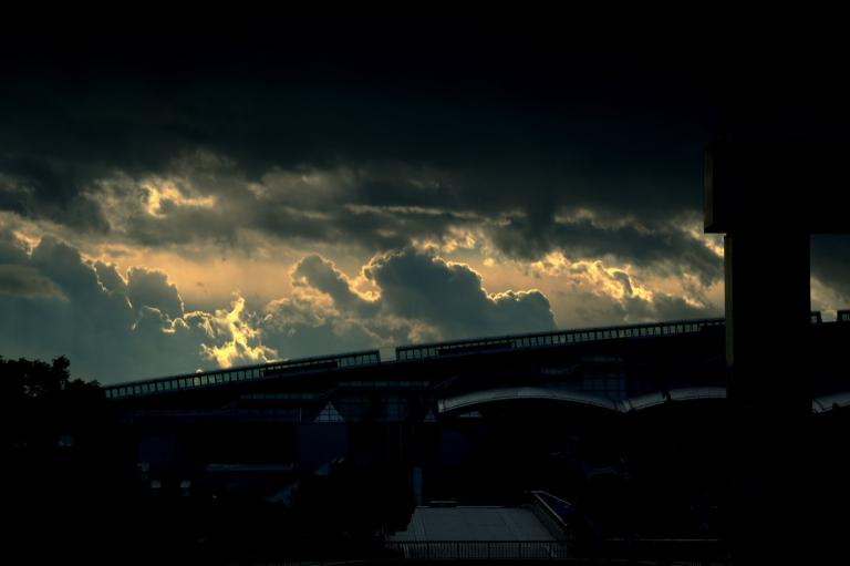 南西方向の空