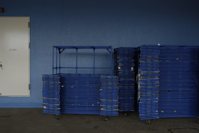 青い壁 ( another blue XXXV )