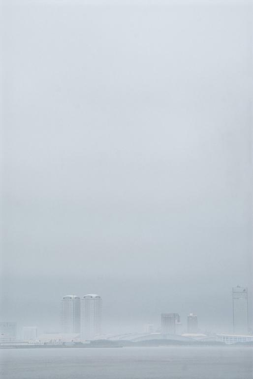 茜浜から見た幕張新都心